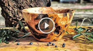 Woodturning a bowl from olive wood root !!!