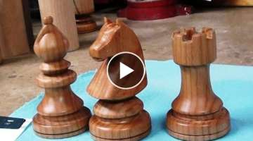 Woodturning a Chess Set - The Knights