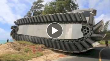 MONSTER TRUCK US military Ultra Heavy Lift Amphibious Connector