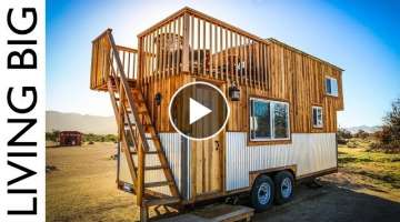 Tiny House With Amazing Rooftop Balcony