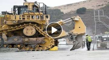 Amazing Dangerous Idiots Bulldozer Heavy Equipment Operator Skill - Fastest Climbing Bulldozer