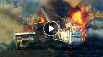 Super Dangerous Excavator Fails & Funny Heavy Equipment Gone Wrong
