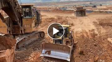 Cat D9T Bulldozer Preparing The Way For Cat 6040 Excavator To Load