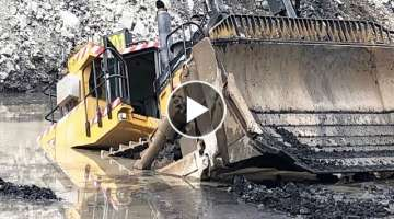Dangerous Idiots Fastest Skill Bulldozer Operator, Biggest Heavy Equipment Machines Working Fail&...