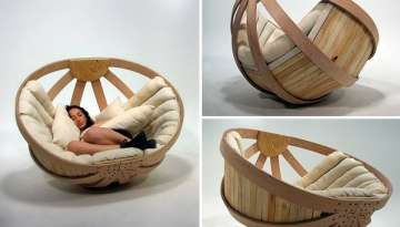 Comfortable and Relaxing Cradle Chair