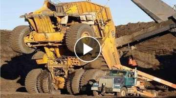 Extreme Dangerous Climbers Dump Truck Bulldozer Operator - Largest Heavy Equipment Machines Monst...