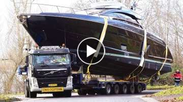 Slippery Yacht Loading / Heavy Haulage to the Pontoon | Boot 2019