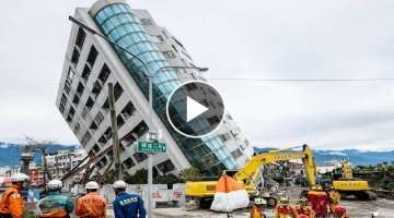 Amazing Dangerous Fastest Building Demolition Excavator Skill, Heavy Equipment Machines Working
